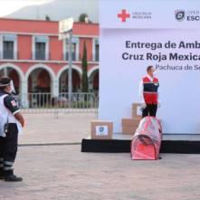 Entrega Omar Fayad ambulancias para diferentes regiones de Hidalgo3