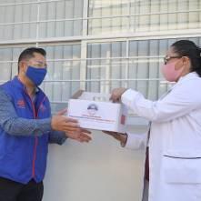 Entrega Raúl Camacho, kit´s de emergencia a Centros de Salud de Mineral de la Reforma1