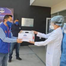 Entrega Raúl Camacho, kit´s de emergencia a Centros de Salud de Mineral de la Reforma3