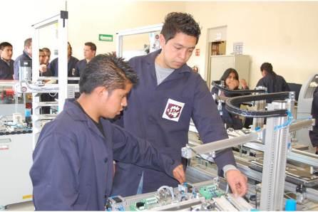 Gobierno de Hidalgo benefició a estudiantes con cuatro meses de la Beca Miguel Hidalgo4