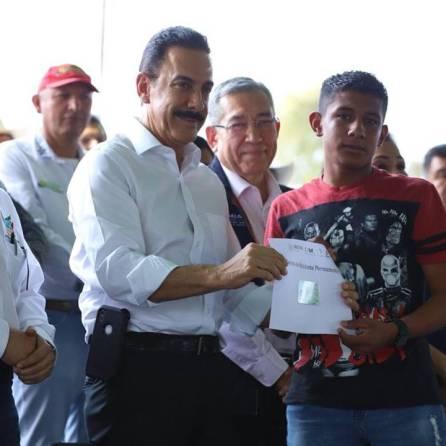 Omar Fayad respalda con recursos extraordinarios a migrantes 1