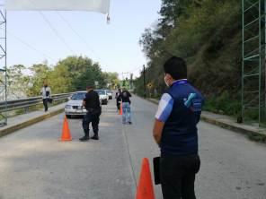 Participa CDHEH en puntos de control vehicular