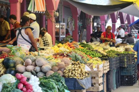 Por COVID-19 tianguistas suspenderán actividades en Santiago Tulantepec