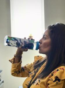 Recomienda IMSS consumir suficientes líquidos para evitar enfermedades