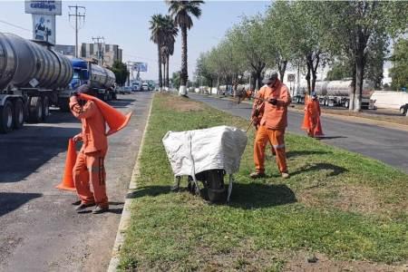 SOPOT realiza trabajos de mantenimiento en el bulevar Everardo Márquez2