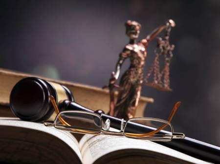 Aprueban reformar el Código Penal Federal para proteger propiedad intelectual y combatir piratería