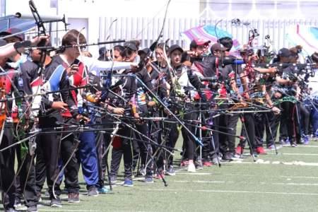 Capacitan a entrenadores de tiro con arco