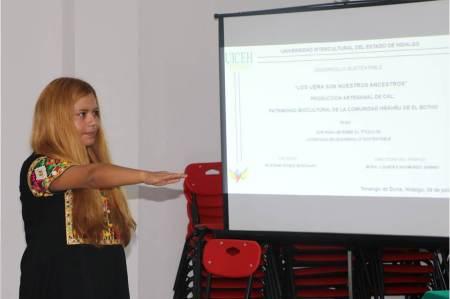 Egresada de la UICEH gana el Premio Noemí Quezada 2020 como mejor tesis de licenciatura sobre pueblos otopames