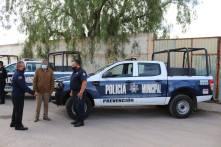 Gabriel García Rojas entrega patrullas a personal de la SSPyT5