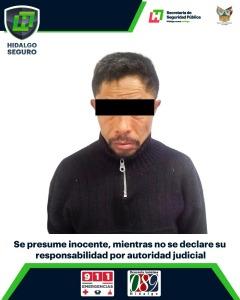 Aseguran a un hombre por presunto allanamiento en negocio de Mineral de la Reforma
