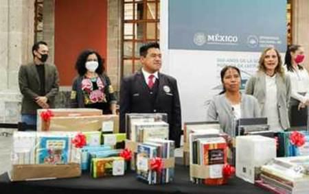 El Gobierno de México conmemora bicentenario de la Sociedad Pública de Lectura