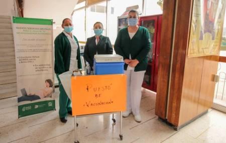 Invita IMSS a la población a completar el esquema de vacunación durante la emergencia sanitaria