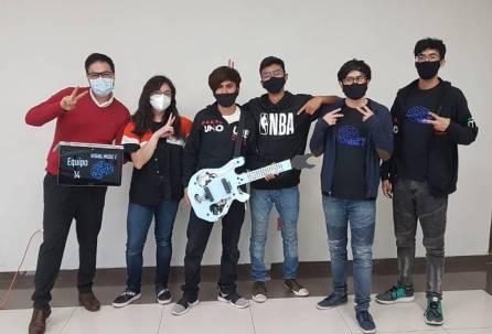 Alumnos de Bachillerato UAEH representarán a Latinoamérica en Robofest Internacional1