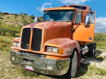 En Tecozautla, recuperan dos camiones con reporte de robo2