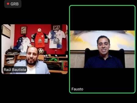 """Fausto Pinto conversó con aficionados a través del panel deportivo """"Platicando en casa con"""""""
