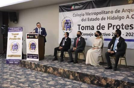 Toma de protesta nuevo consejo directivo 2020-2021 del Colegio Metropolitano de Arquitectos del Estado de Hidalgo4